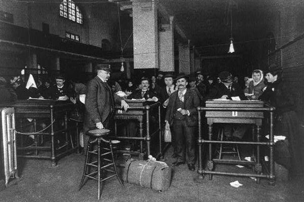 Ellis Island Cushwa Web